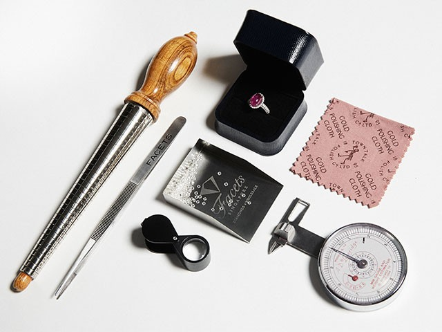 Diamond grading and evaluating tools by Facets Singapore